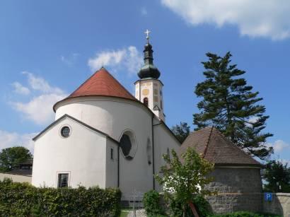 Außenansichten der Wallfahrt Kirche Weissenregen