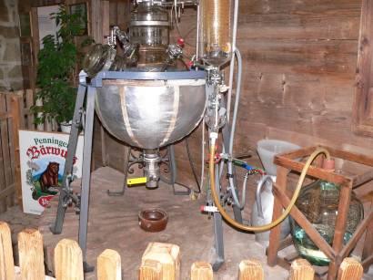 böbrach-gläserne-destille-bärwurz-brennerei-herstellung