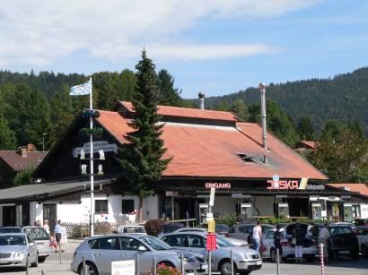 bodenmais-ausflugsziel-joska-kristall-glas-verkauf-glashütte