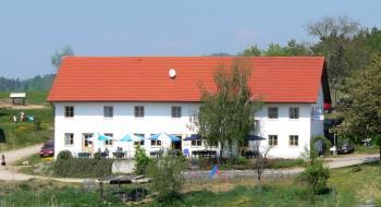 bornschlegl-bauernhof-gasthof-ferienwohnungen-rettenbach