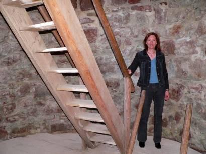 burgruine-thannstein-burgturm-burgmauern-treppe-bilder