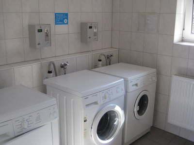 camping-zelten-sanitäranlagen-waschmaschinen-campingplatz-ostbayern