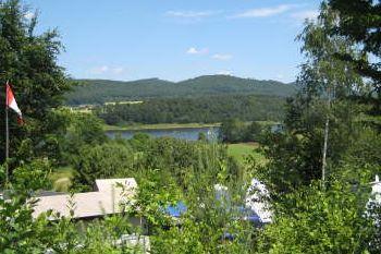 campingplatz-eixendorfer-stausee-zeltplätze-am-see-oberpfalz