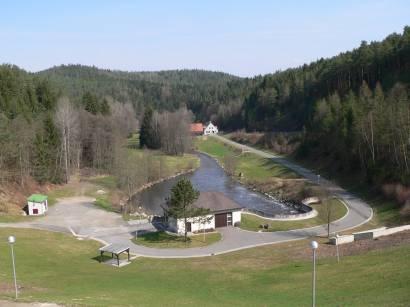 eixendorfer-stausee-wasserkraftwerk-talsperre-turbine