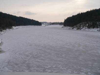 eixendorfer-stausee-winterferien-zugefroren