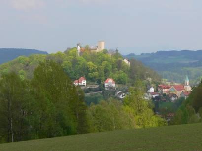 falkenstein-ansicht-burg-berg-kirche-markt