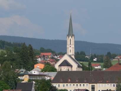 freyung-ausflugsziel-sehenswertes-kirche-wahrzeichen