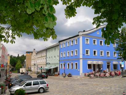 freyung-ausflugsziele-stadtplatz-ferienort-nationalpark-bayerwald