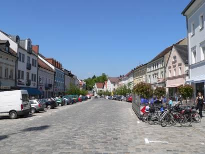 furth-im-wald-bayerischer-wald-stadtplatz-marktplatz-bayern