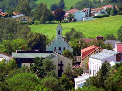 grafenau-sehenswertes-stadt-ausflugsziele-rathaus