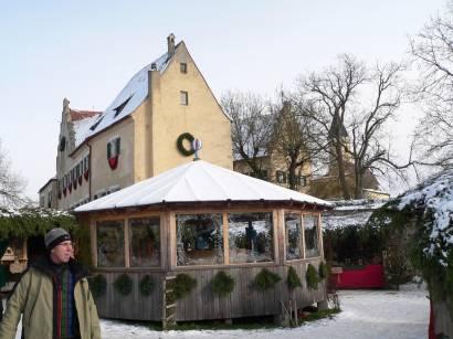hexenacker-romantischer-weihnachtsmarkt-schloss-bilder-fotos