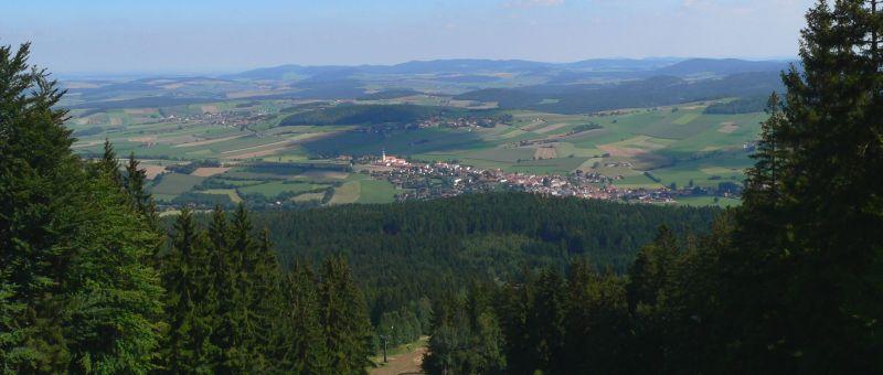 Wandern am Hohen Bogen Berg im Landkreis Cham