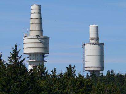 Fernmeldeturm und Sendeanlage Hoher Bogen Gipfel - Bild ID: natoturm-radarturm-wahrzeichen