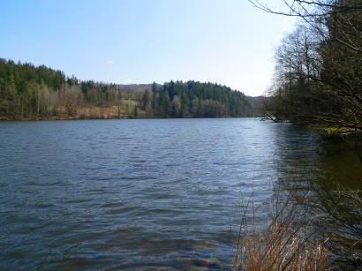 höllensteinsee-ausflugsziel-bayerischer-wald-bilder