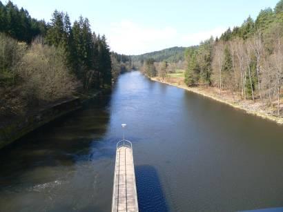 höllensteinsee-viechtach-fluss-schwarzer-regen