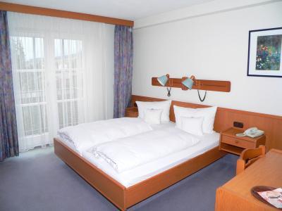 hotel-schlosspark-behindertengerechtes-hotel-bayern
