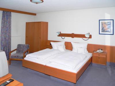 hotel-schlosspark-behindertenrerechtes-hotel-doppelzimmer