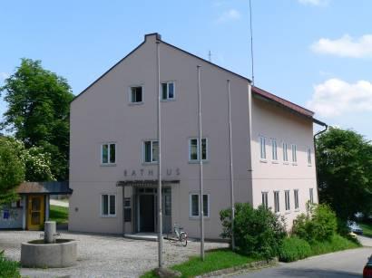 kirchdorf-bayerischer-wald-sehenswertes-rathaus