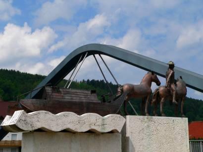 kloster-plankstetten-berching-bruecke-fluss-reiter-statue