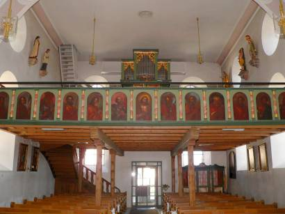 kollnburg-bayerischer-wald-sehenswertes-kirche-empore-orgel