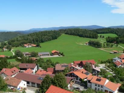 kollnburg-burgruine-bayerischer-wald-aussichtspunkt-fernsicht
