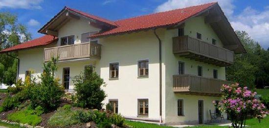 exklusives ferienhaus in bayern privat buchen deutschland bauernhofurlaub familienurlaub. Black Bedroom Furniture Sets. Home Design Ideas