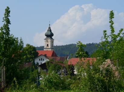 lalling-bayerischer-wald-kirche-ferienort-erholungsort