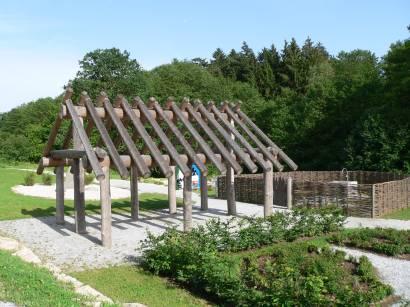 Garten feng-shui-park-kelten-keltenhaus