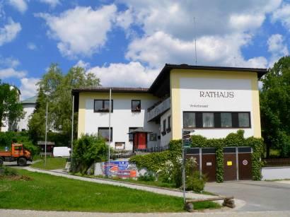 lindberg-bayerischer-wald-gemeinde-touristinfo-rathaus-urlaub