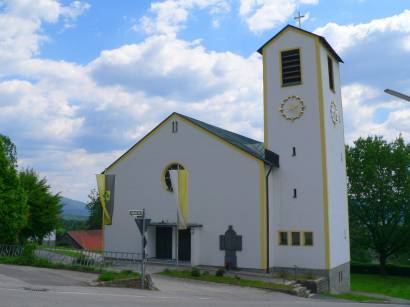 lindberg-bayerischer-wald-kirche-pfarrkirche