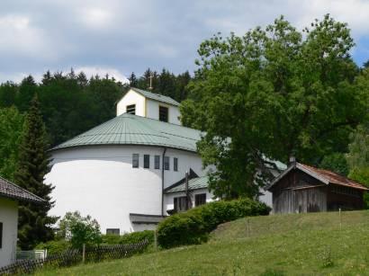 lindberg-bayerischer-wald-kirchen-pfarrkirche