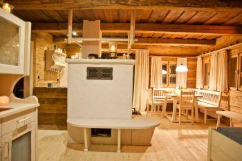 luxus bergh tten mieten luxuri se ferienh user in deutschland blockhausvillen sterreich. Black Bedroom Furniture Sets. Home Design Ideas