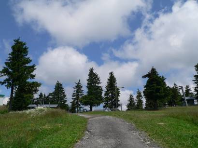 mitterfirmiansreut-skizentrum-berggipfel-gipfelkreuz