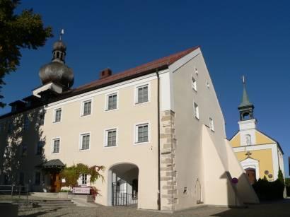 neukirchen-beim-heiligen-blut-kirchen-kapelle