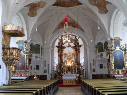 Altar Wallfahrtskirche Neukirchen b. hl. Blut innen