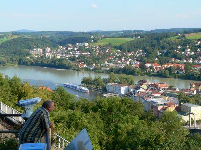 Aussichtspunkt Veste Oberhaus mit Blick auf das Flusseck donau-inn-ilz