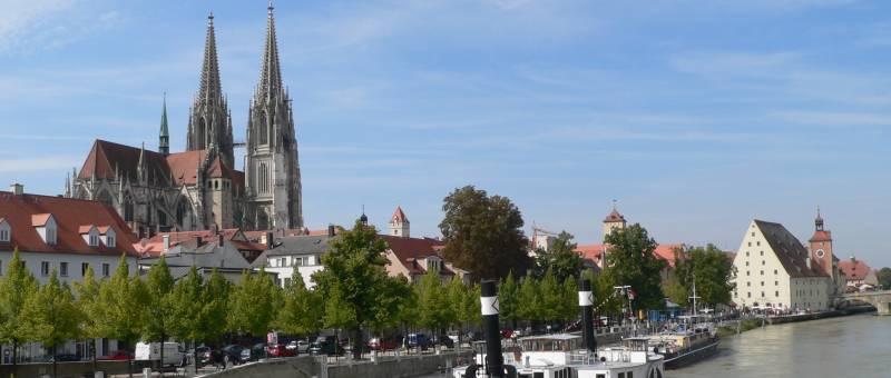 Regensburger Dom Sankt Peter - Gotischer Dom in Regensburg