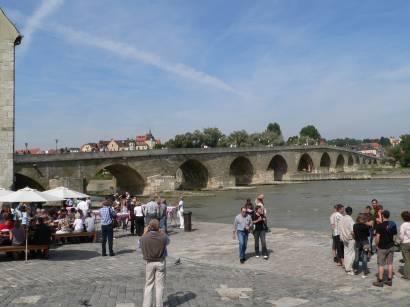 Steinerne Brücke Wahrzeichen von Regensburg