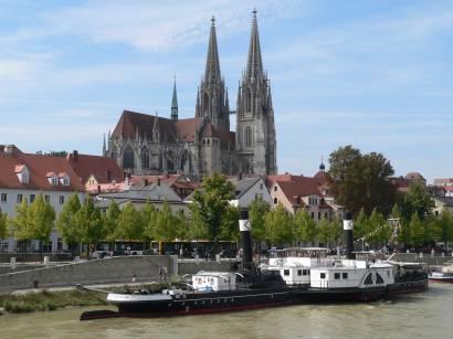 regensburg-weltkulturerbe-sehenswertes-dom-museumsschiff