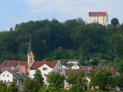 riedenburg-kirche-schloss-rosenburg-altmühltal
