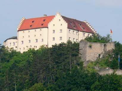 riedenburg-schloss-rosenburg-burgruine-bayern