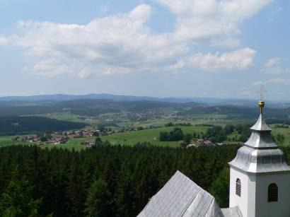 rinchnach-wallfahrtskirche-frauenbrünnl-kapelle-ausblick