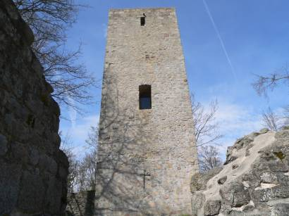 rötz-schwarzenburg-burgturm-bergfried-burgruine