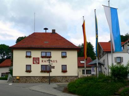 sankt-oswald-nationalpark-bayerischer-wald-sehenswertes-rathaus