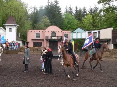 schloss-thurn-westernshow-westernreiten-pferde-bilder
