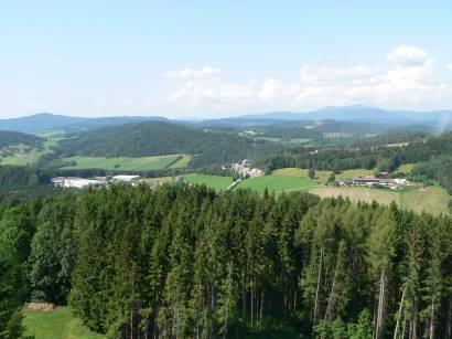 schönberg-aussichtturm-kadernberg-fernsicht-bayerwald