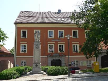 schönberg-bayerischer-wald-sehenswertes-bauwerke-rathaus