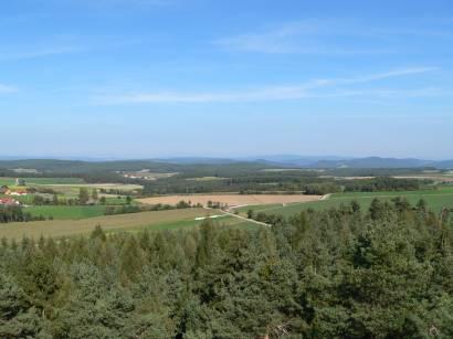schwandorf-fuhrn-aussichtsturm-hirschberg-aussichtspunkt-fernblick-landschaft