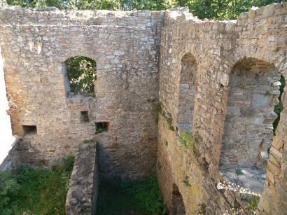 stamsried-burgruine-kürnburg-ruine-kürnberg-burg-mauern-bayern