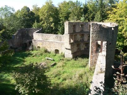 stamsried-burgruine-kürnburg-ruine-kürnberg-burgmauern